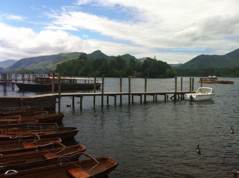 Derwentwater and the Catbells :)